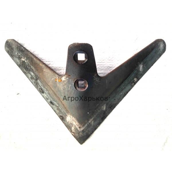 Лапа стрельчатая КРН 270 мм наплавка сормайтом, Сталь 65