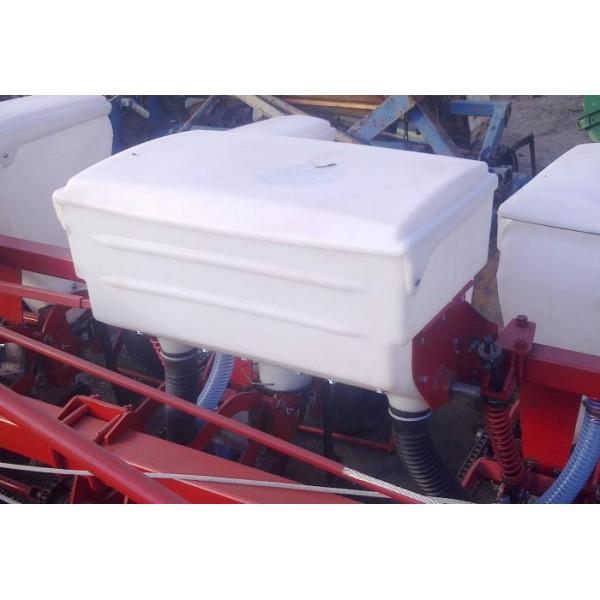 Аппарат туковысевающий (банка туковая) пласт. СУПН-8, КРН-5,6