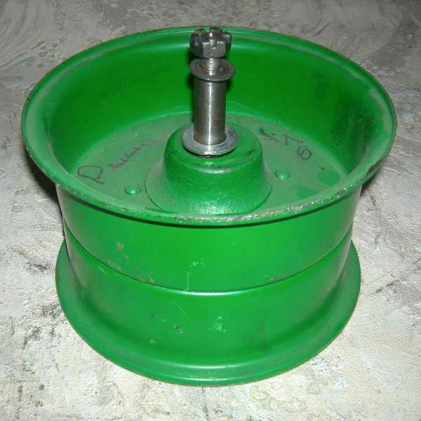 Шкив натяжной привода молотилки НИВА СК-5